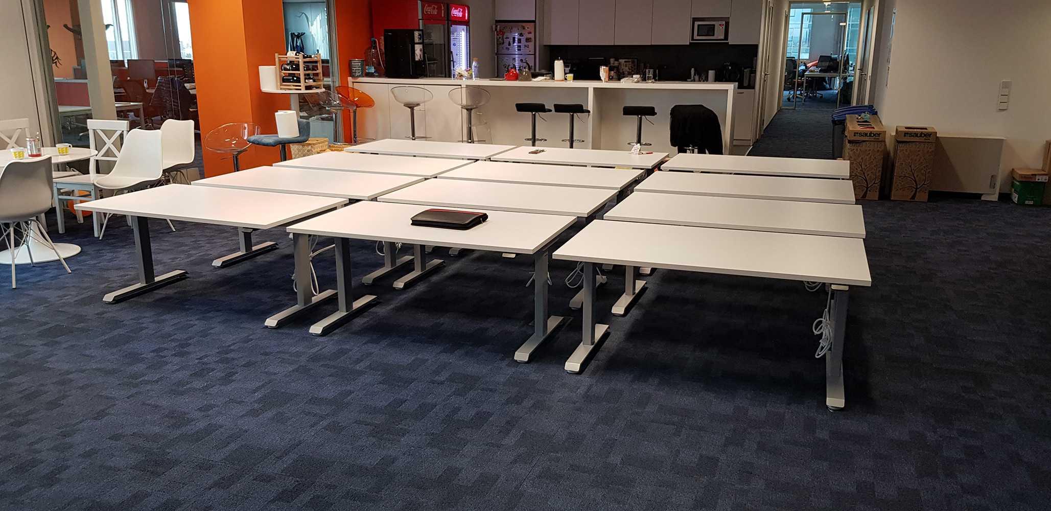 Electric sit-stand desks BulDesk Pro в Taulia